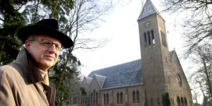 Dirk van den Broek, grondlegger supermarktketen, overleden